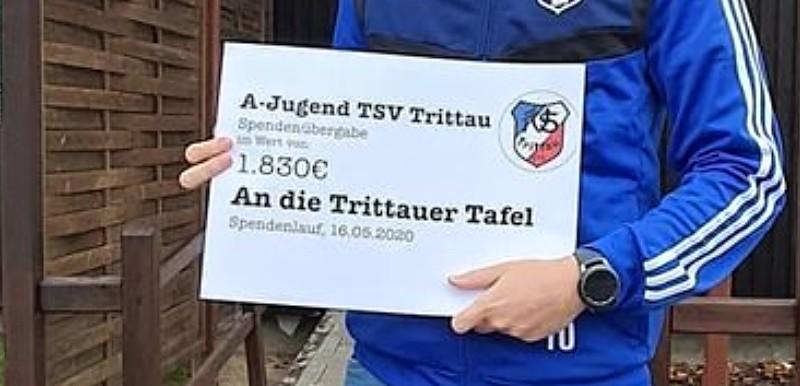 A-Jugend übergibt 3.660 Euro Spenden
